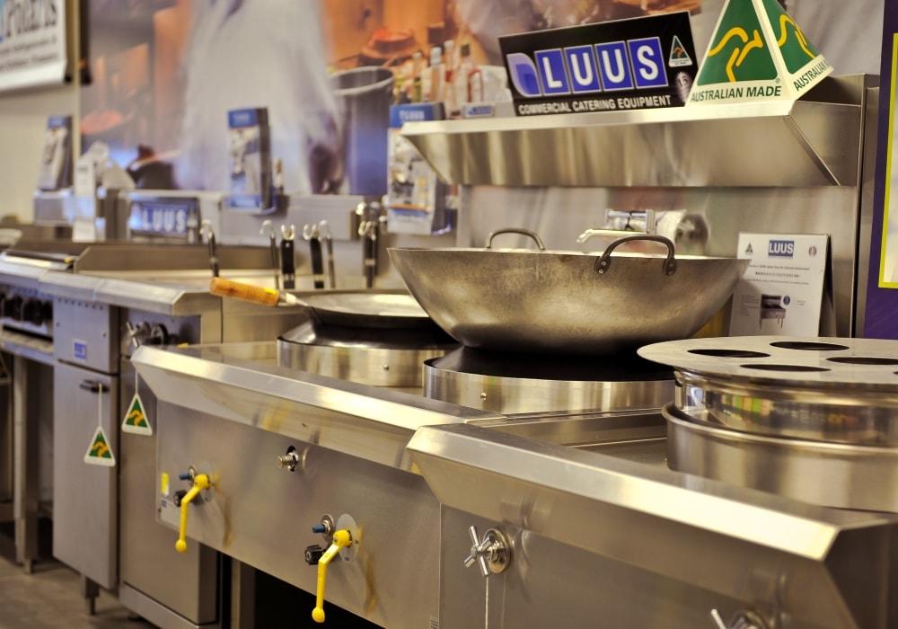 Outdoor stainless steel kitchen equipment